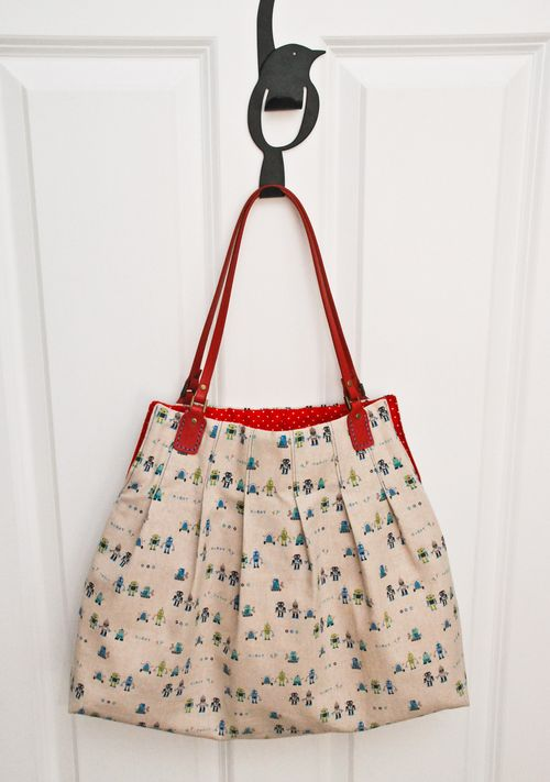 Free Patterns For Handbags : Dya like my birdy hook? Exterior fabric is this cute robot linen and ...