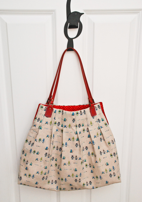 Free bag purse pattern for pleats sake tote u handblog dsc1825 jeuxipadfo Image collections