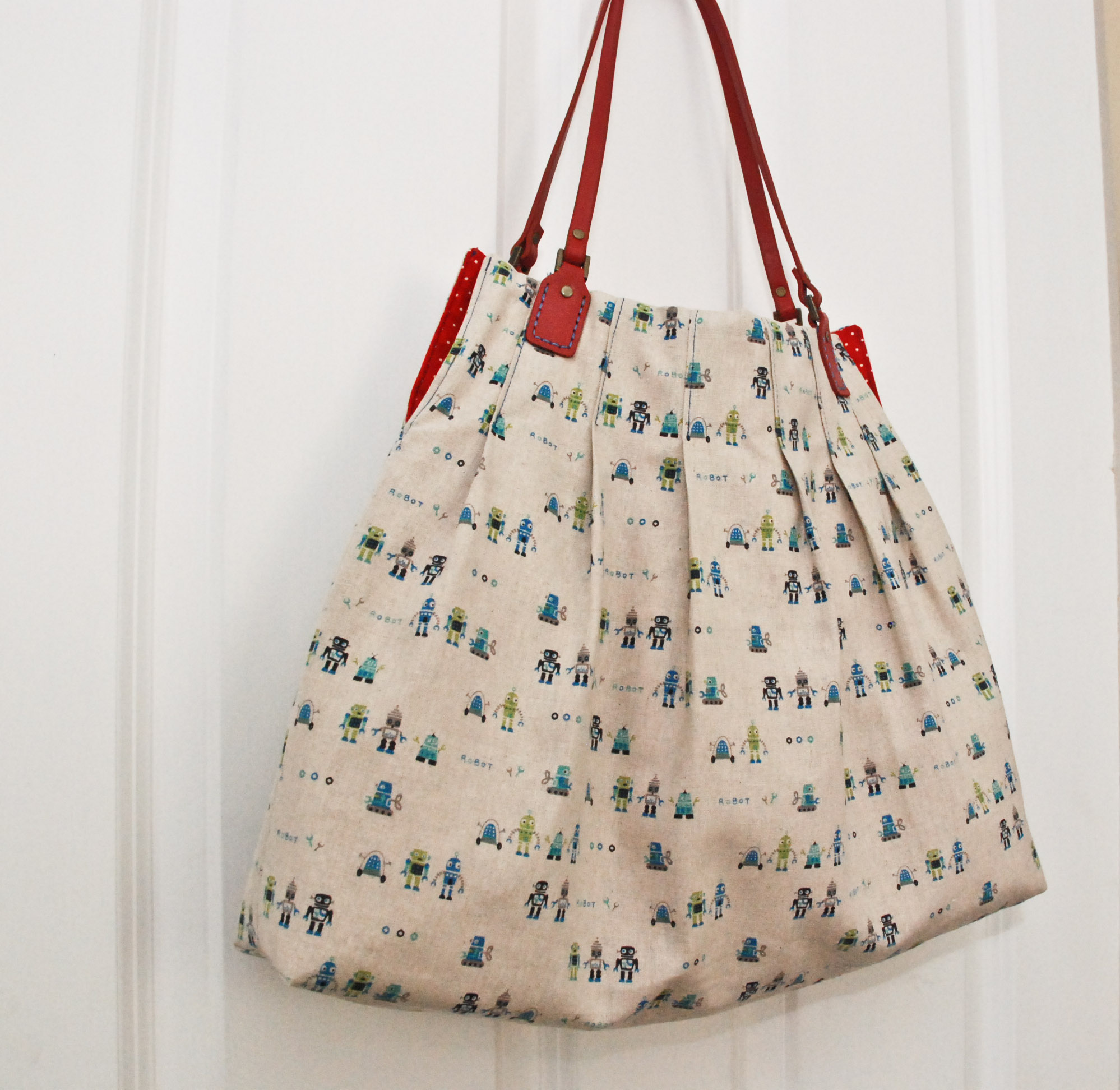 FREE bag purse pattern - \'For Pleat\'s Sake\' Tote - U-handblog