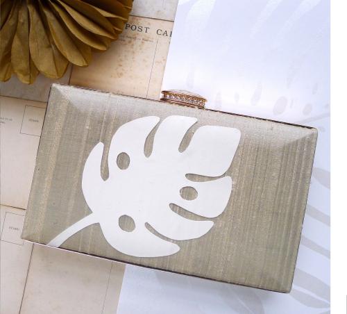 Wedding monterra leaf blog