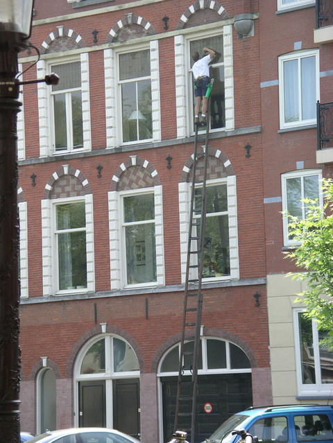 Cleanin_windows